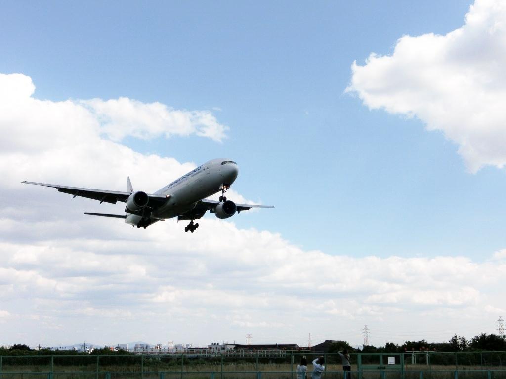 伊丹空港飛行機撮影ポイント